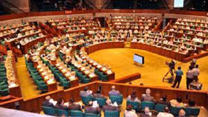 Lawmakers demand killing rapists in crossfire