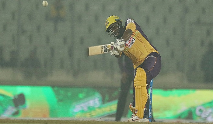Russell trumps Gayle to propel Rajshahi to BBPL final