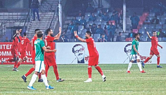 Bangladesh go down 2-0 to Palestine