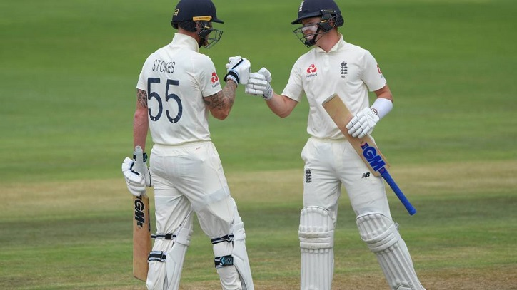 England declare first innings on 499