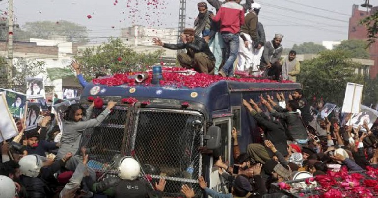 Pakistani court hands down 55-year sentences to 86 Islamists
