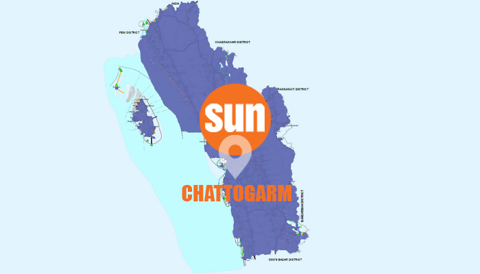 3 killed as two buses collide in Chattogram