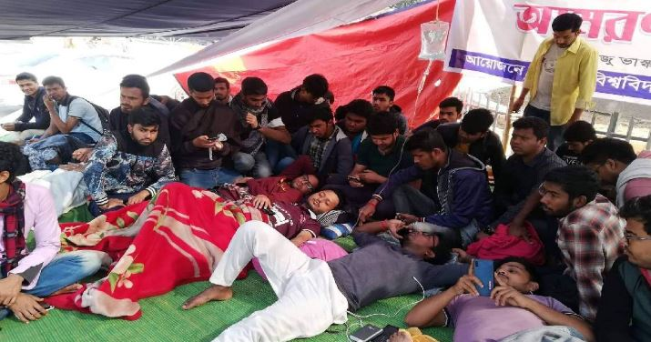 9 students fall sick as hunger strike continue at DU