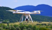 Sri Lanka lifts ban on drones
