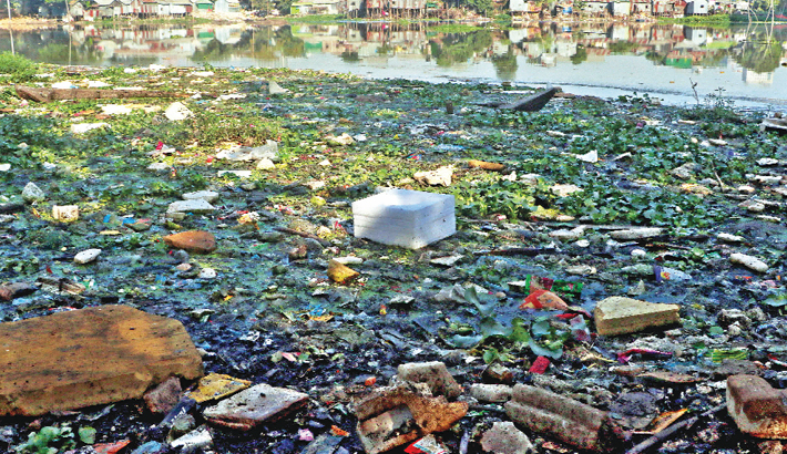 Mindless dumping of wastes is polluting the lake