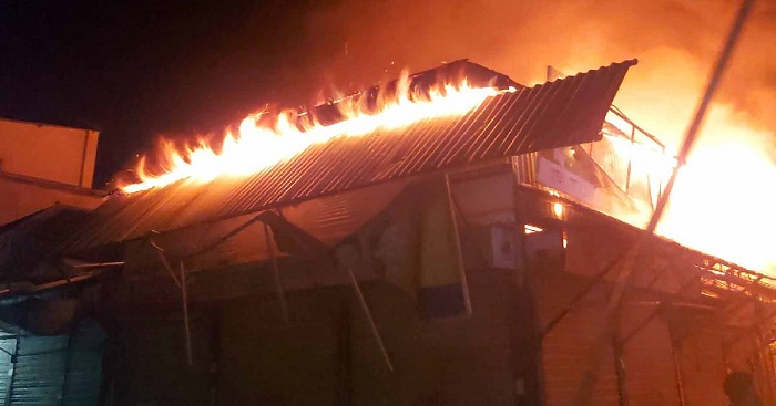 Mother, daughter killed in Faridpur fire