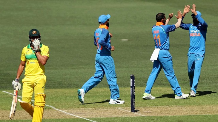 India beat Australia by 7 wickets to clinch ODI series