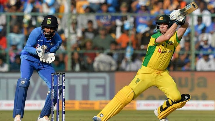 Smith ton guides Australia to 286-9 in ODI decider