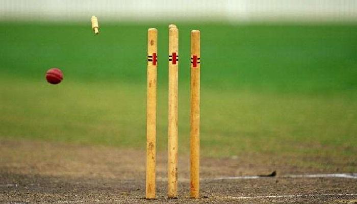 Cricket-loving Narayanganj AL leader dies bowling