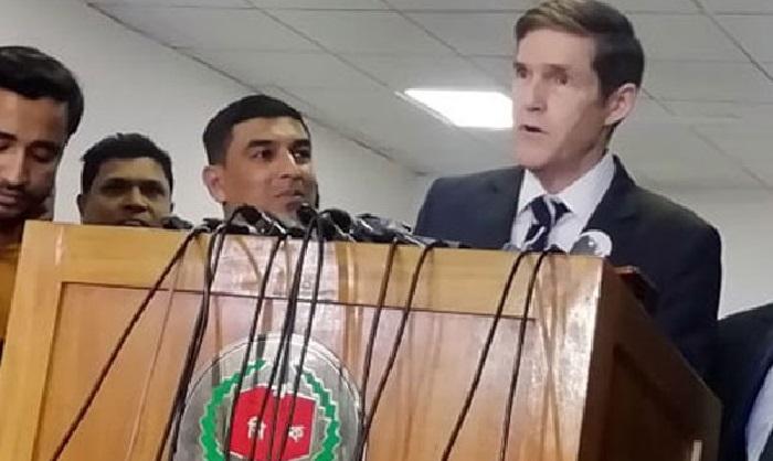 US Ambassador Miller finds no fault in EVMs