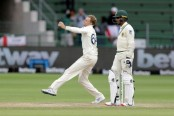 South Africa on brink of humiliating defeat after Root Test best