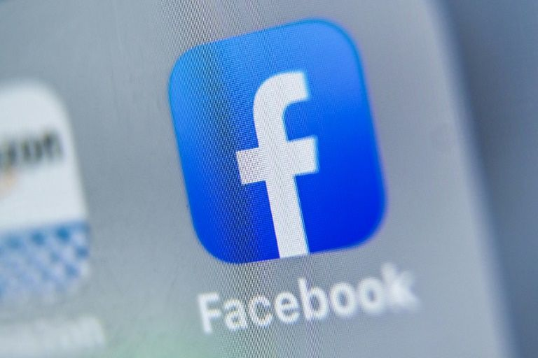 Facebook to boost site safety with 1,000 more UK staff