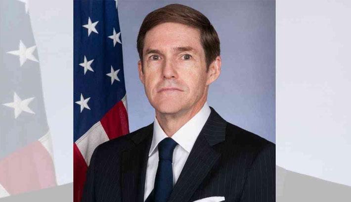 US ambassador witnesses EVM process