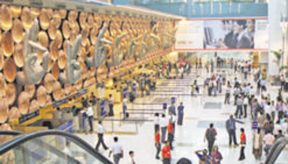 Indian airports on high alert for China virus