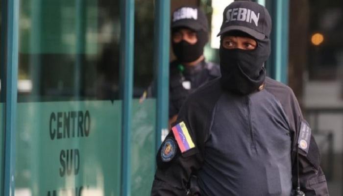 Venezuela secret service raids offices of opposition leader Guaidó