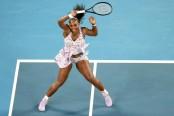 Below-par Serena fends off Zidansek to reach Melbourne third round