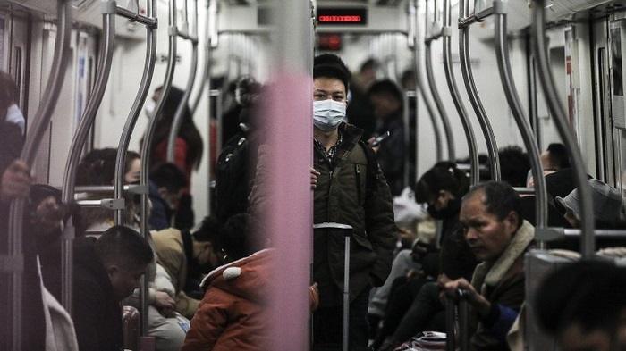 Virus-hit Chinese city Wuhan to shut public transport