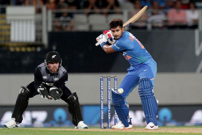 India beat New Zealand by 6 wickets in Twenty20 opener