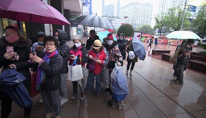 China coronavirus: Fears infections will rise as hundreds of millions travel