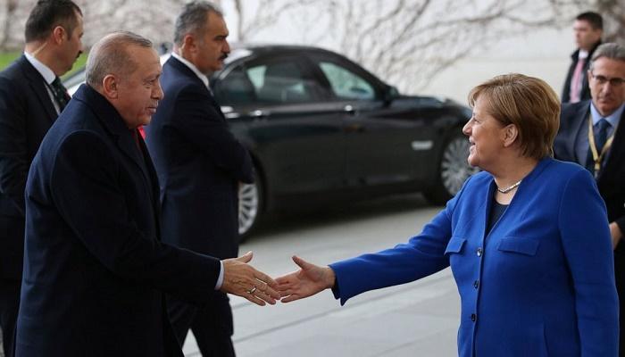 Germany's Merkel in Turkey for talks over migration deal with Erdogan