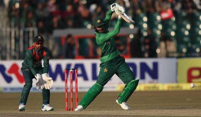 Pakistan beat Bangladesh by 5 wickets in first Twenty20I