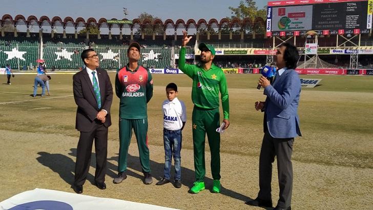 Bangladesh win toss, bat first in Twenty20 opener against Pakistan