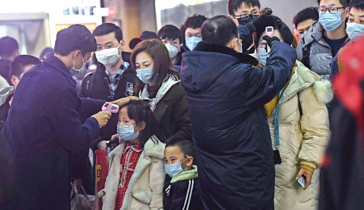 Experts fear too late for China virus lockdown