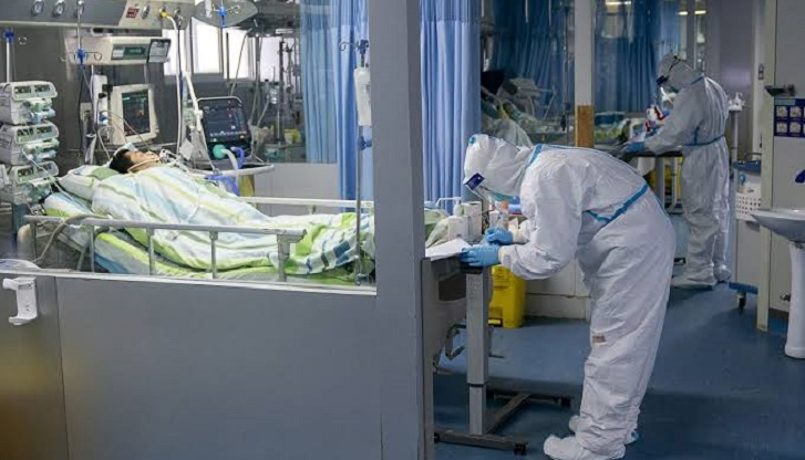Xi Jinping warns of 'grave' situation as China rushes to build virus hospitals