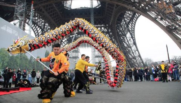 Coronavirus outbreak forces Paris to cancel Lunar New Year parade