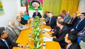 BNP leaders sit with foreign diplomats