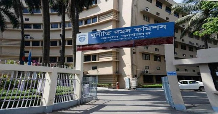 ACC sues five for embezzling Tk 20 crore