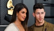 Priyanka Chopra trolled for dress at Grammys