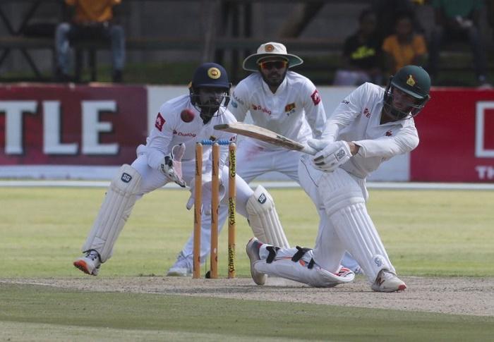 Williams ton gives Zimbabwe great start to 2nd test on 352-6