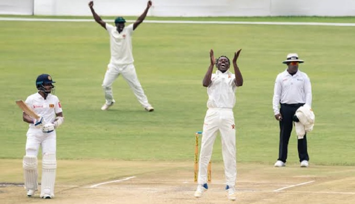 Sri Lanka rely on Mathews after Raza strikes for Zimbabwe