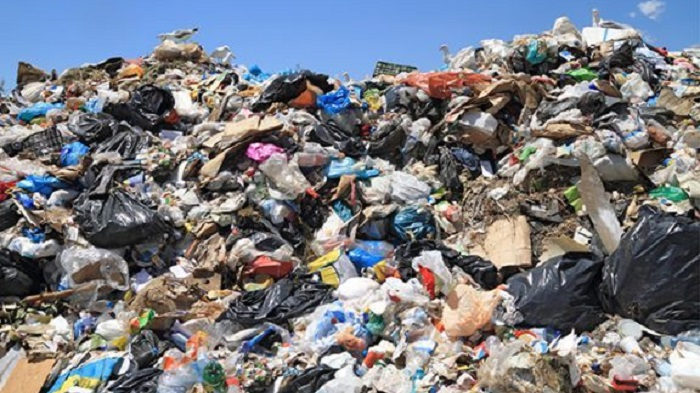 10,000 tons laminated plastic waste in city a year