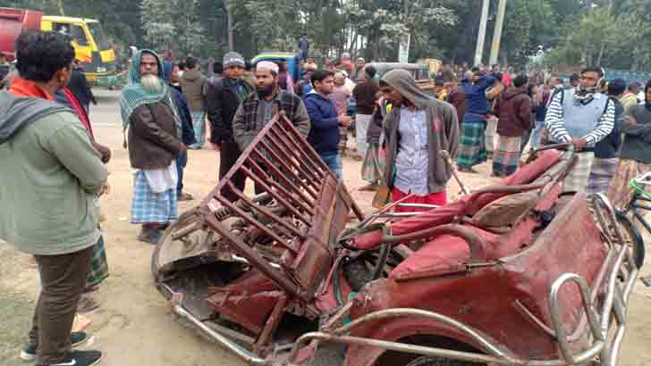 4 killed as bus rams auto-rickshaw in Mymensingh