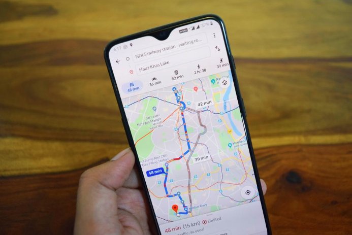 User 'hacked' Google Maps traffic flow in an entire area with 99 smartphones