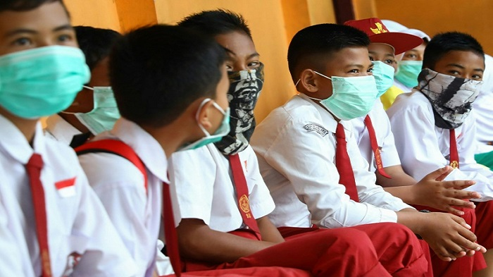 World currently 'not in a pandemic' of China virus: WHO