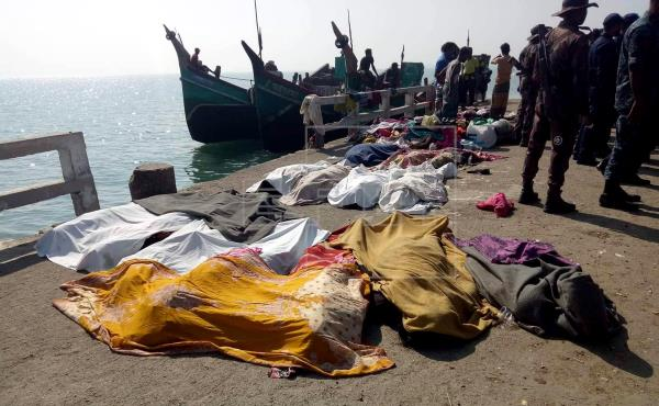 Trawler capsize in Bay: Case filed against 19
