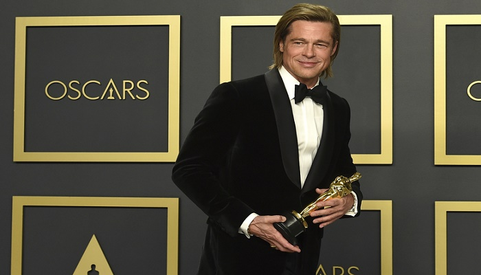 Brad Pitt writes his own acceptance speeches at Oscar event