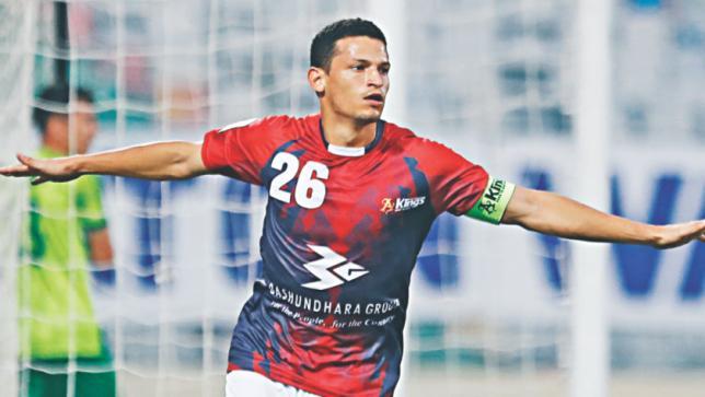 BPL Football: Bashundhara Kings beat Uttar Baridhara 1-0