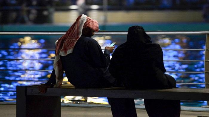 Love, lust, heartache: Secret dating lives of young Saudis