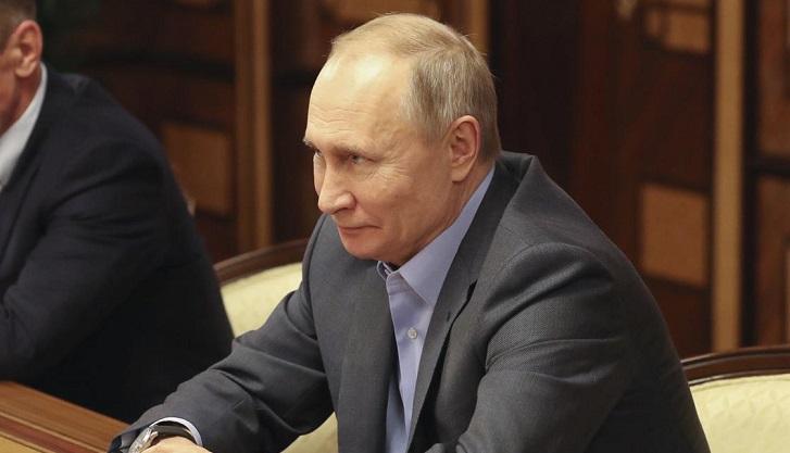 Putin offers Belarus cheap energy for joining Russia: Lukashenko