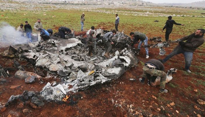 Military, activists: Syrian helicopter shot down in Aleppo