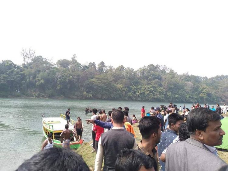 5 killed as boat capsizes in Kaptai lake