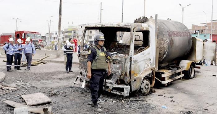 Death toll climbs to 30 in Peru gas truck blast