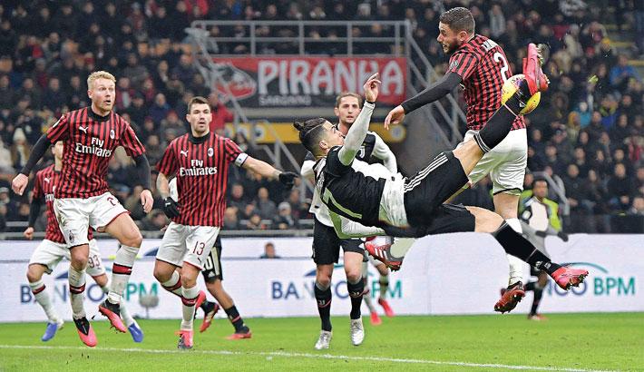 Ronaldo keeps scoring run on to save Juventus