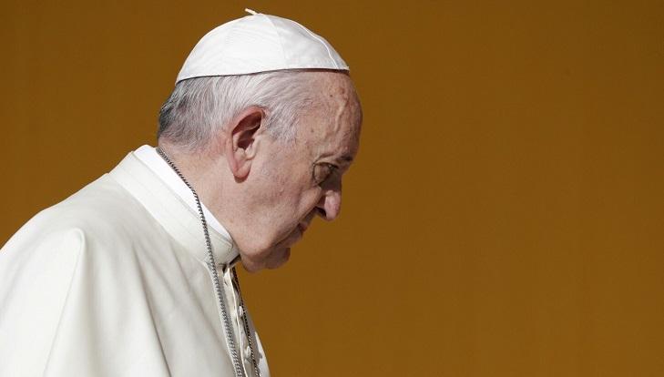 Pope convenes bishops' synod in 2022