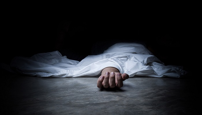 Man absconding after wife, two children found dead in Dhaka