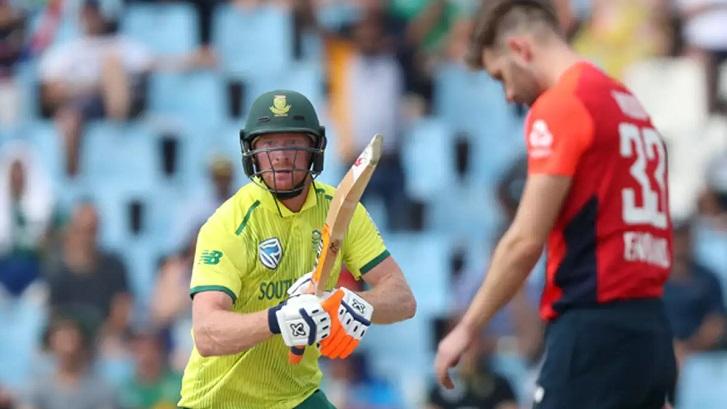 Klaasen powers South Africa to commanding 222